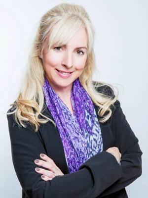 Laura Hawkes (Nee Clibbens)